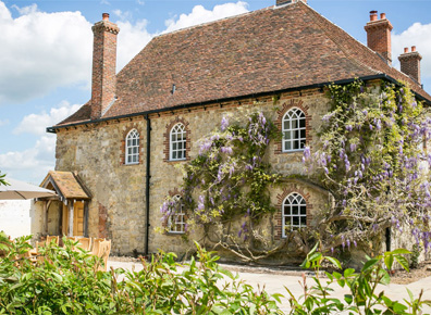 Battel Hall, Leeds Castle Self-catering Cottages
