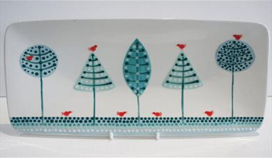 Create a Dotted Christmas Platter