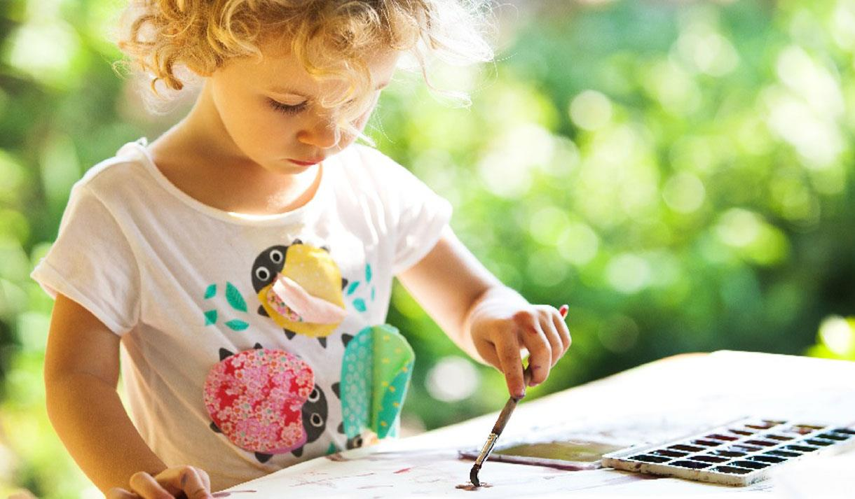 Summer holiday art sessions for under 5's.